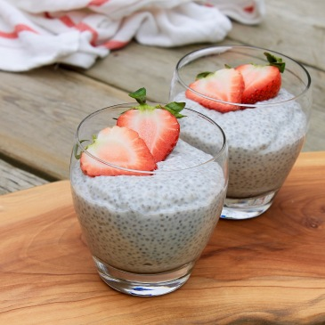 chia pudding, vanilla pudding, healthy snack, easy pudding