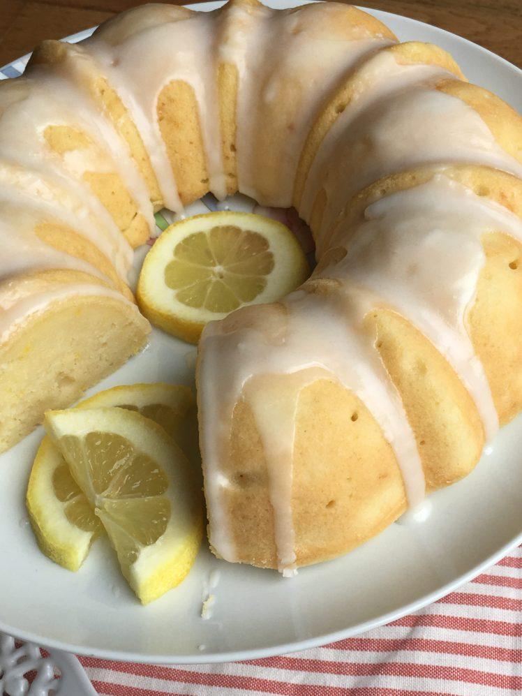 Cake, lemon, lemon bundt cake, dessert