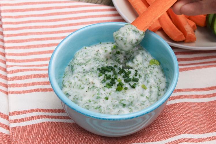 diary-free, ranch dip, healthy dip, veggie dip, dairy-free dip, snack, healthy snack