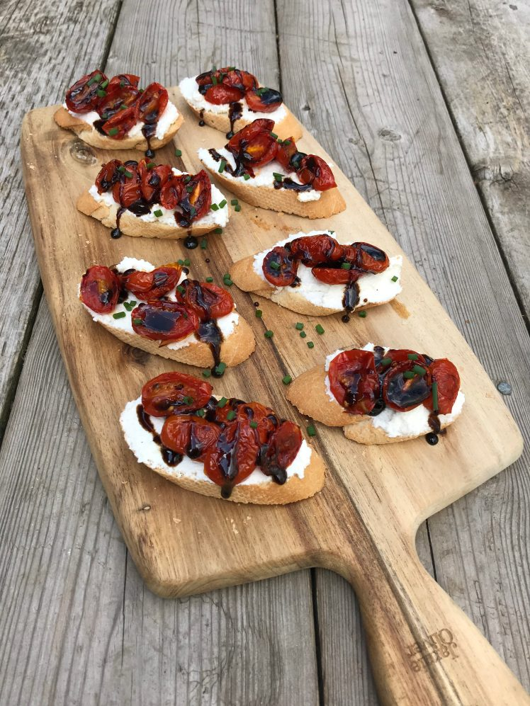 appetizer, holiday entertaining, crostini, snack